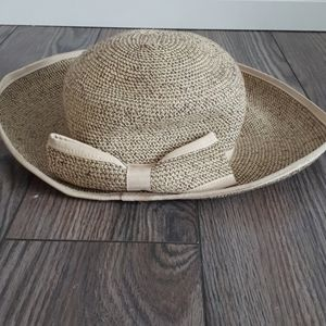 Charlie Paige straw hat with bow